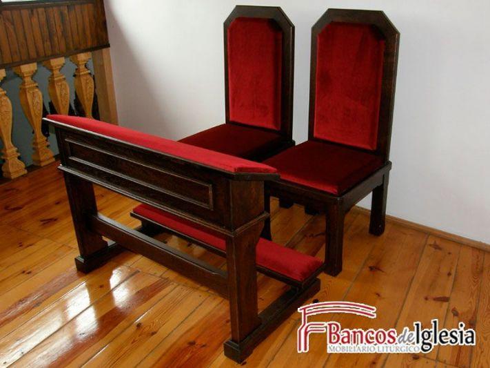 Sillas y reclinatorio cuenca for Sillas para iglesia en madera